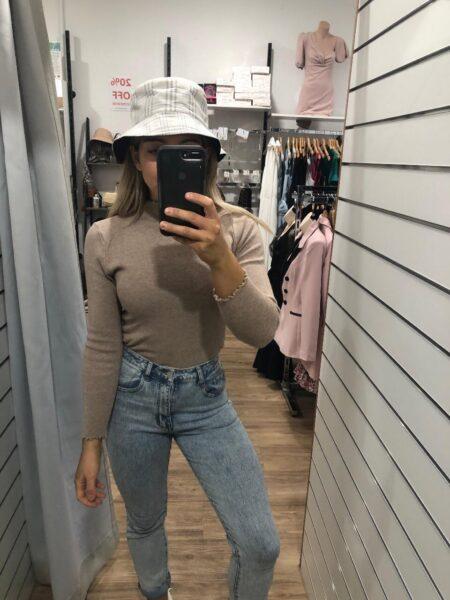 Malika double sided bucket hat
