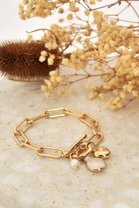 Edged Pearl and Heart Fob Bracelet Gold cream