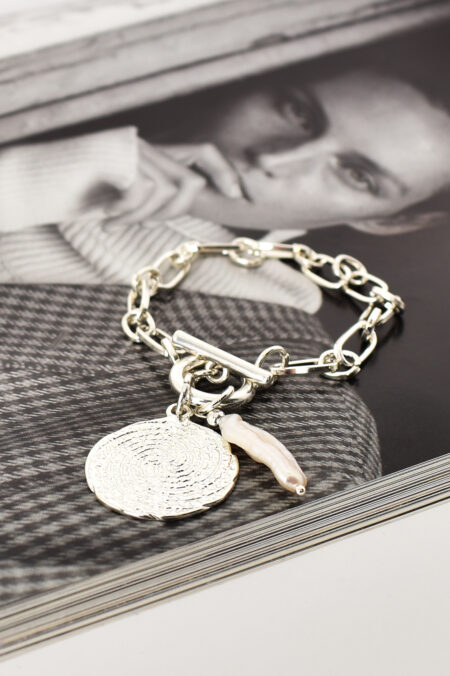 Edged Pearl and Heart Fob Bracelet Rose Cream